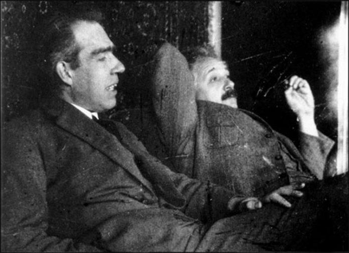 Einstein y Bohr