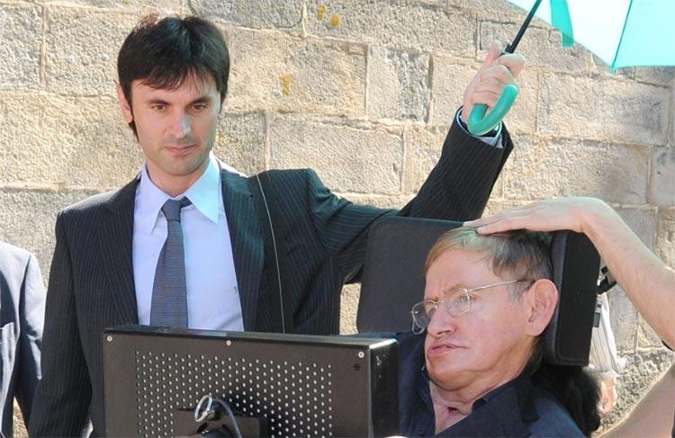 Jorge Mira Pérez y Stephen Hawking