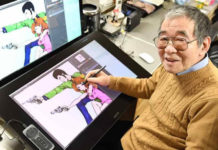Kazuhiko Katō (Monkey Punch) dibujando en una tableta digitalizadora