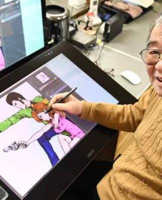 Kazuhiko Katō (Monkey Punch) dibujando en una tableta digitalizadora