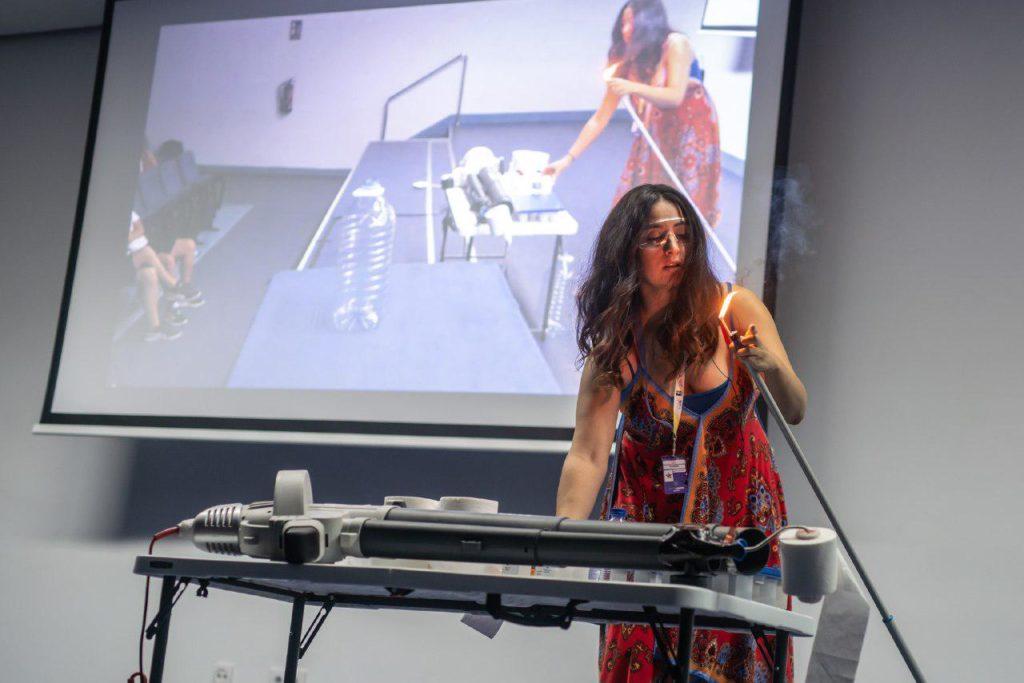 Lucía García, asesora científica, en la jornada Internet y Ciencia de TLP Innova | Fuente: Alby Martín