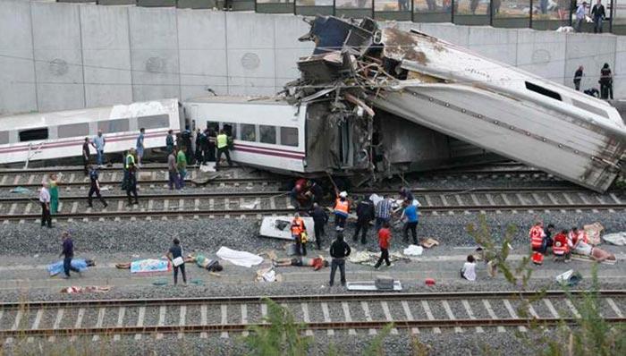 Accidente de tren en Santiago de Compostela (07-2013)