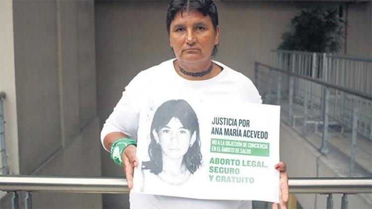 La madre de Ana María Acevedo pidiendo justicia para su hija