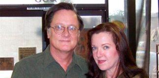 Tim Powers y su mujer, Serena