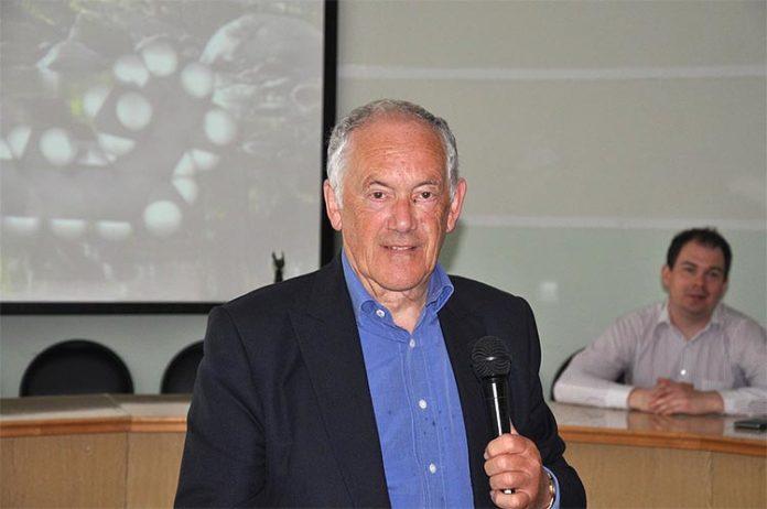 Peter Atkins, químico británico