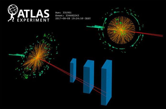 Presentación de un evento candidato de un bosón de Higgs que se descompone en dos muones cercanos y un fotón