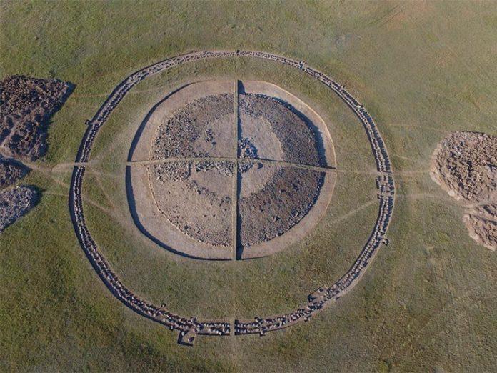 Montículo 4 de la necrópolis de Eleke Sazy en el este de Kazajstán